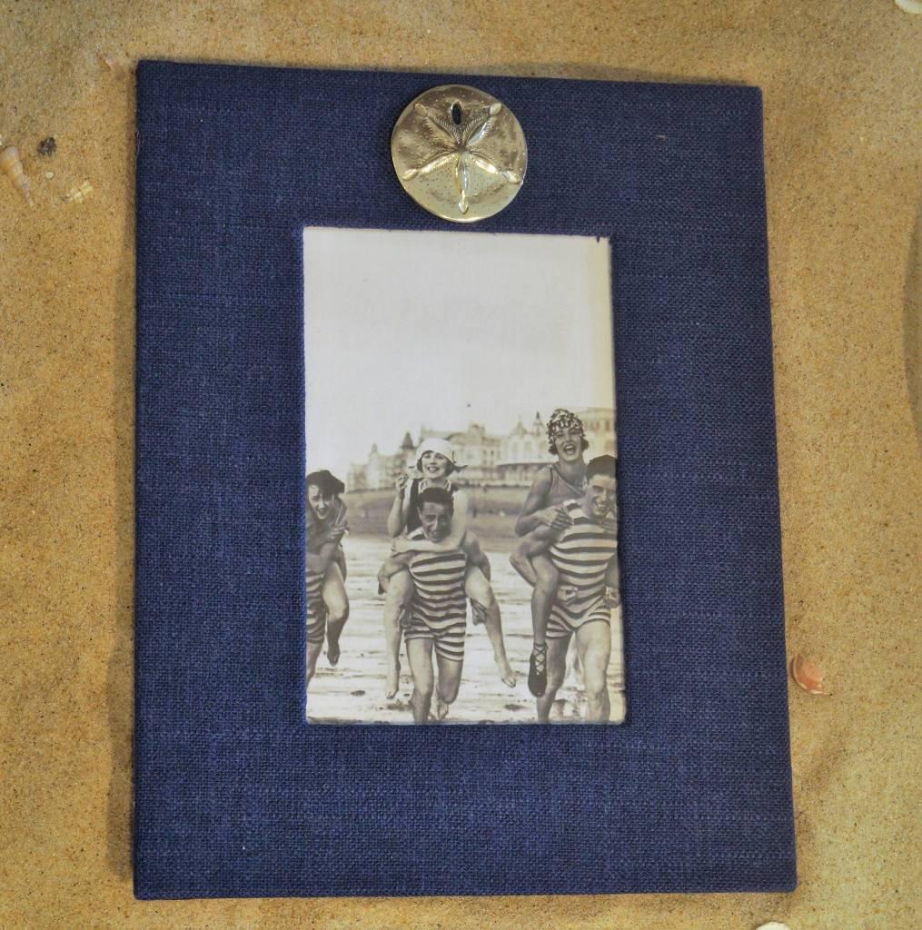 Navy Frame Sand Dollar 4x6 Vertical