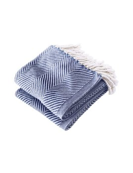 Monhegan Throw White Navy
