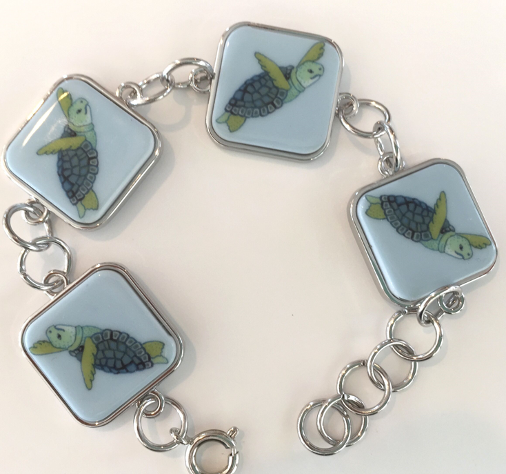 Turtle Chain Bracelet