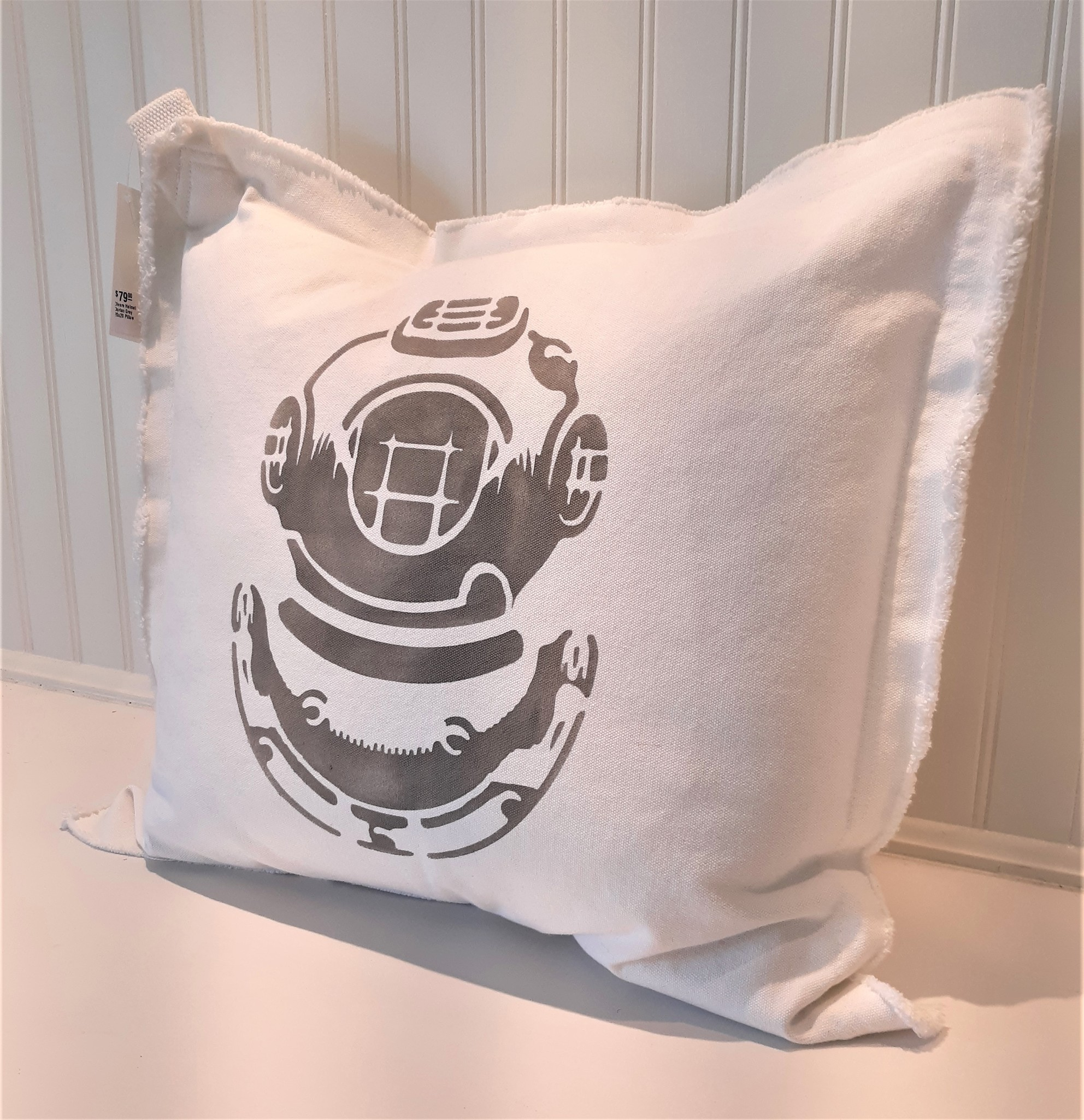 Divers Helmet Dorian Grey 20x20 Pillow