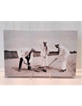 Canvas 9x14 Guys Shoveling in the Sand