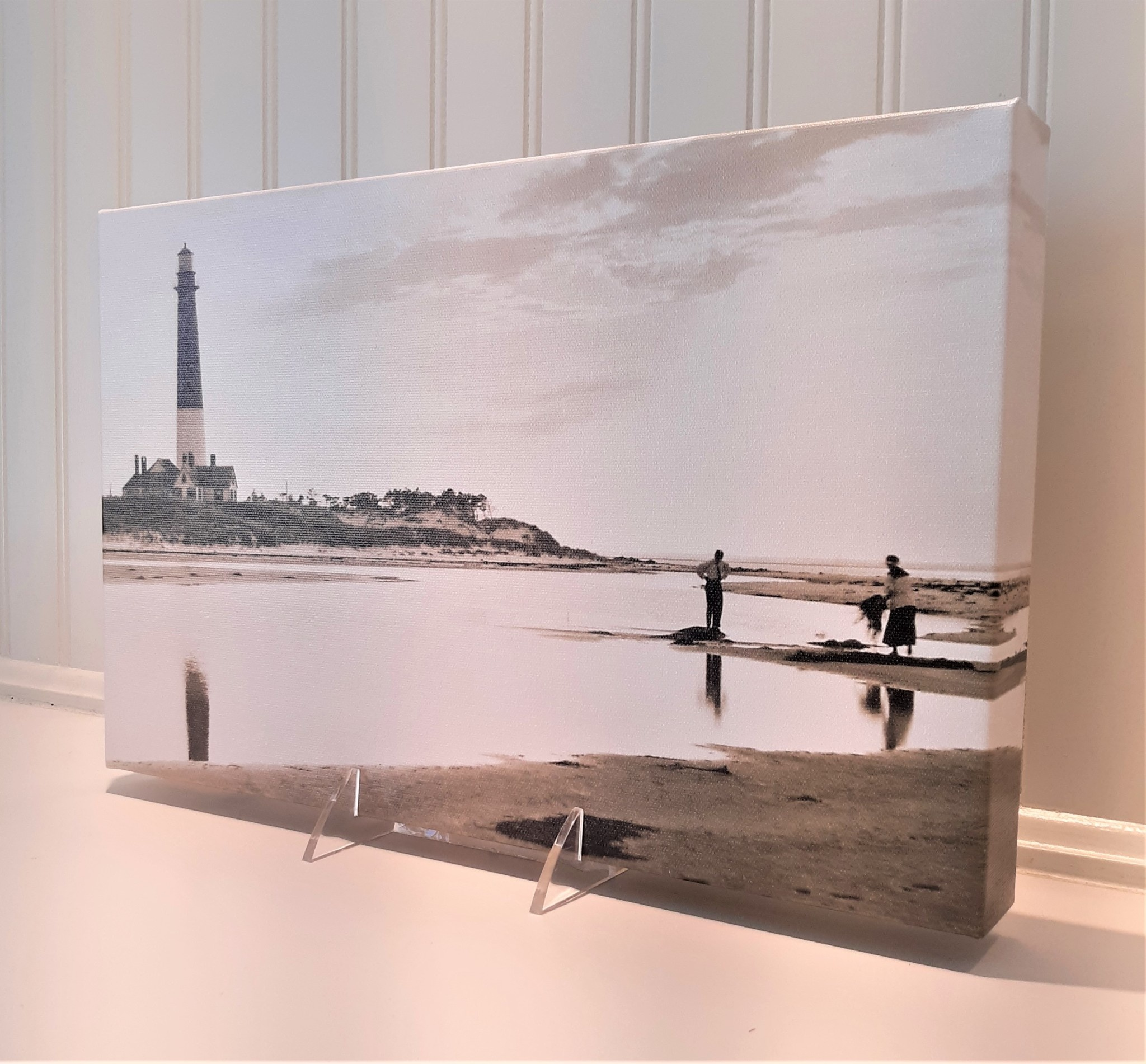 Canvas 9x14 Reflection of Barnegat Lighthouse with People in Ocean