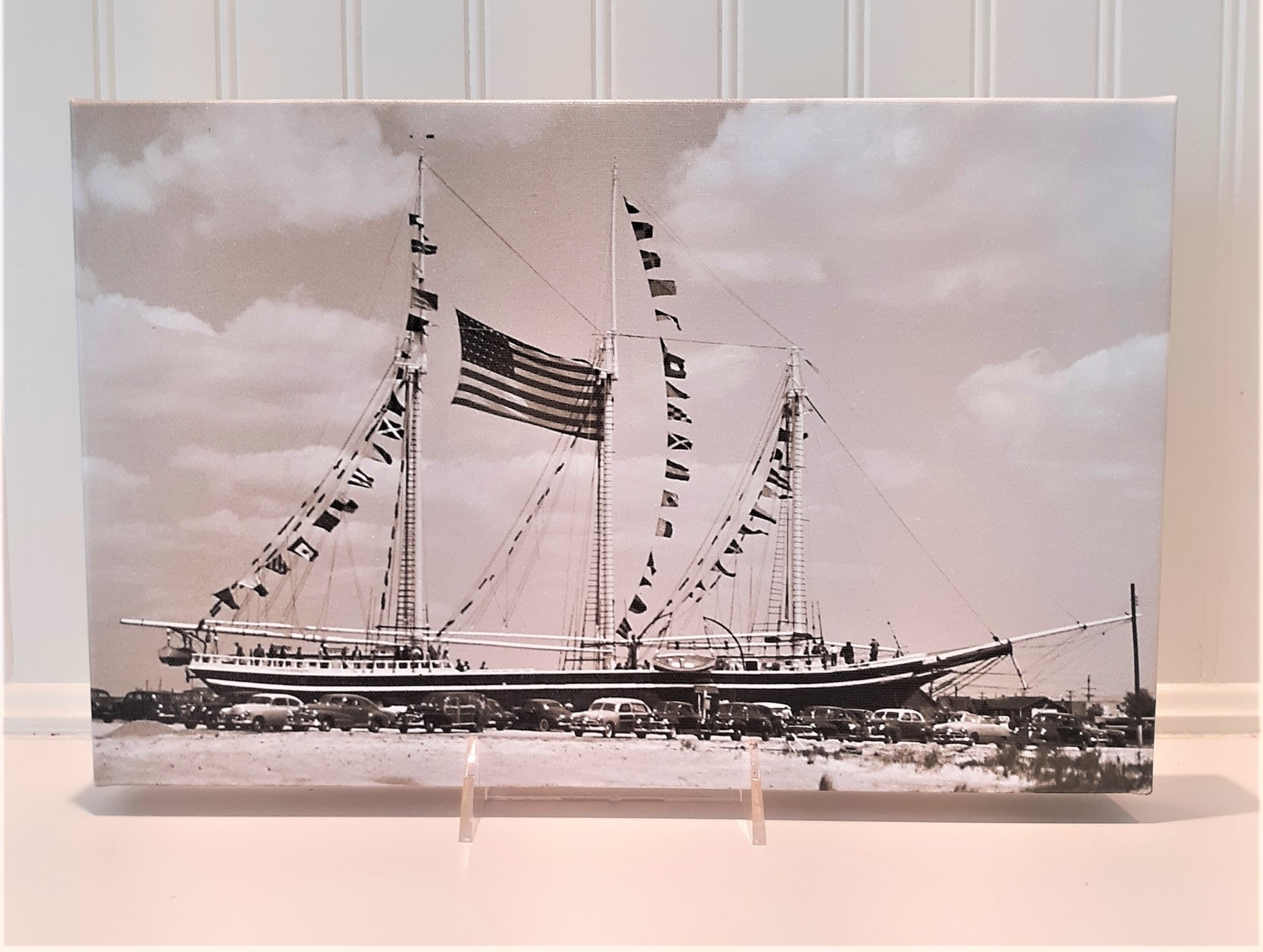 Canvas 9x14  Lucy Evelyn Flying Flags