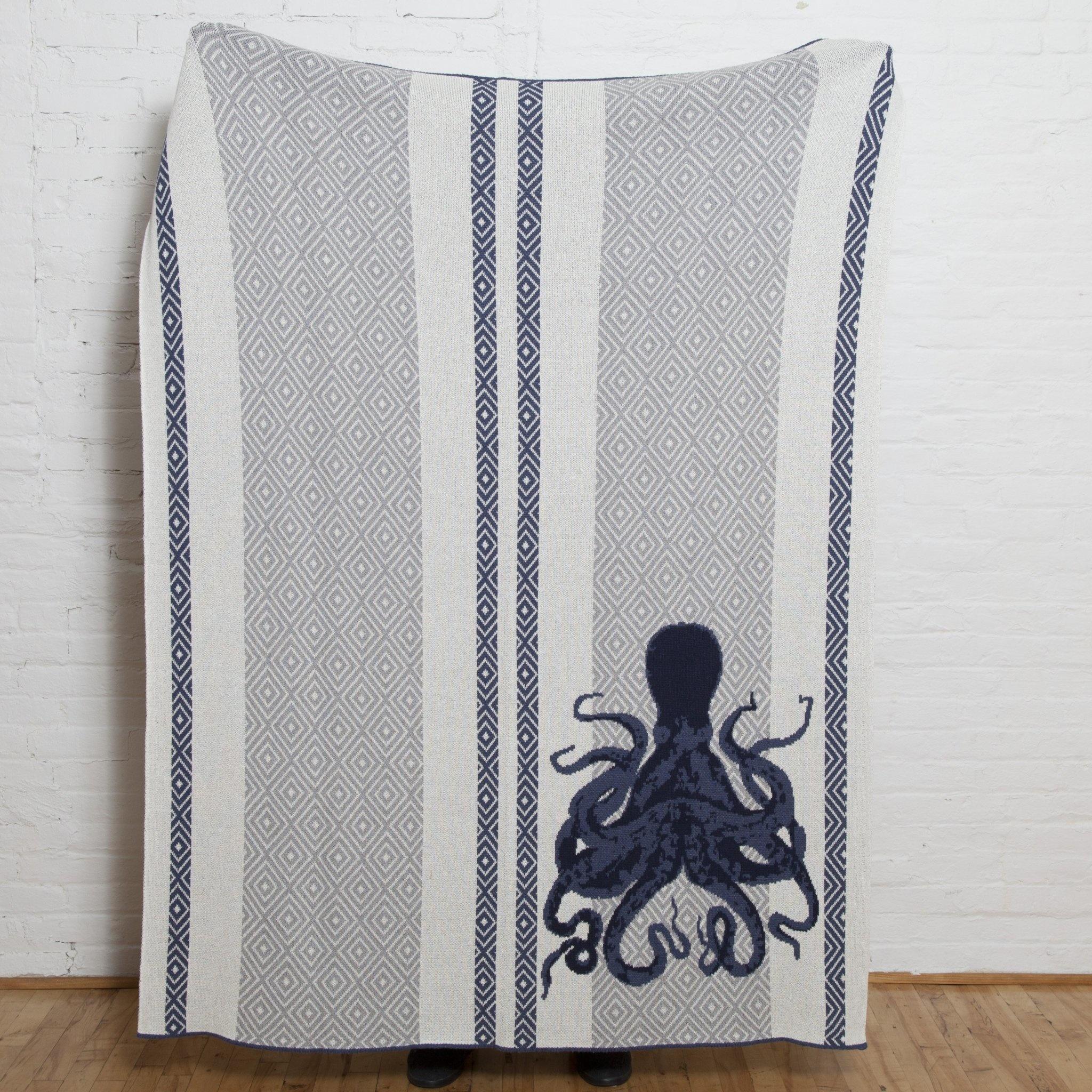 Octopus Square Milk/Alum/Slate/Marine Throw