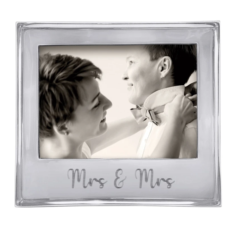 MRS. & MRS. Signature 5x7 Statement Frame