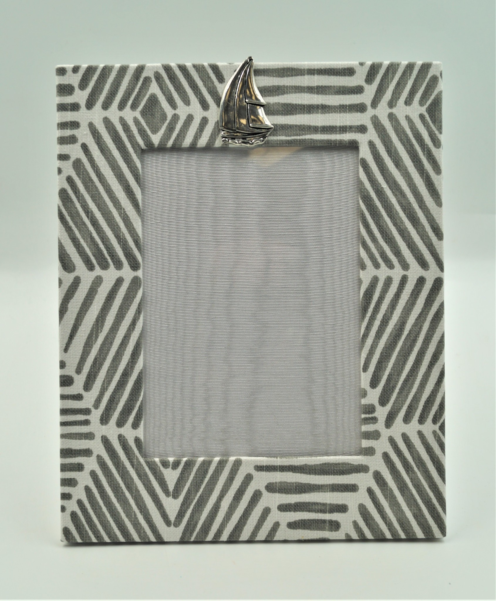 Pewter Medallion Sailboat Vertical Frame 5x7 Bamboo Grey