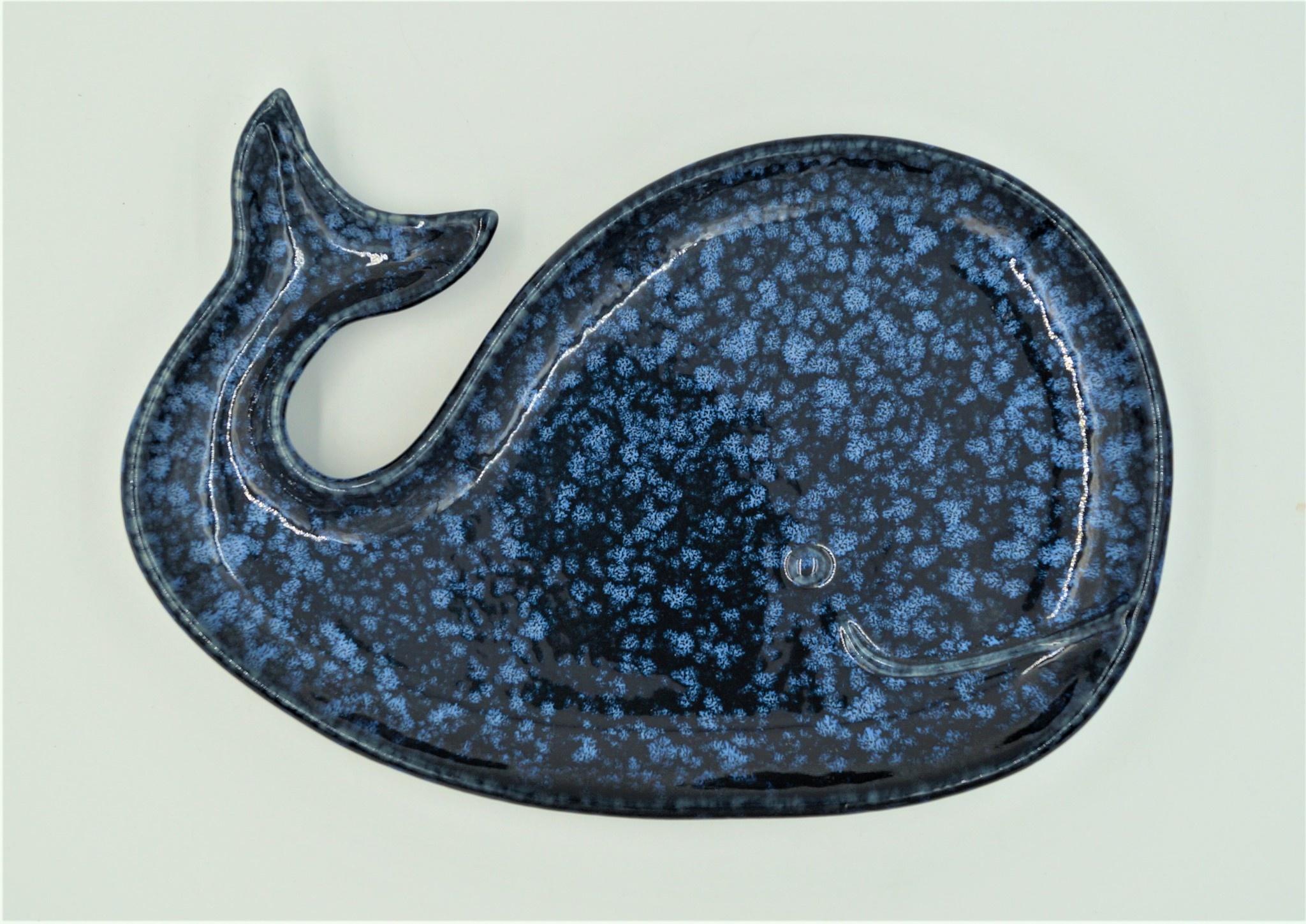 3/A Por Whale Plate 11L