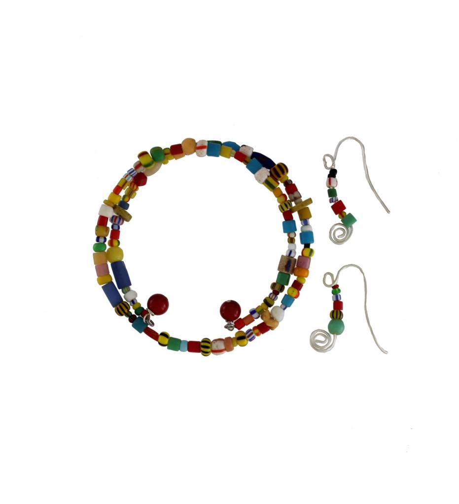 *GJ Multi Colored Bead Bracelet & Sterling Sliver Wire Earring Set