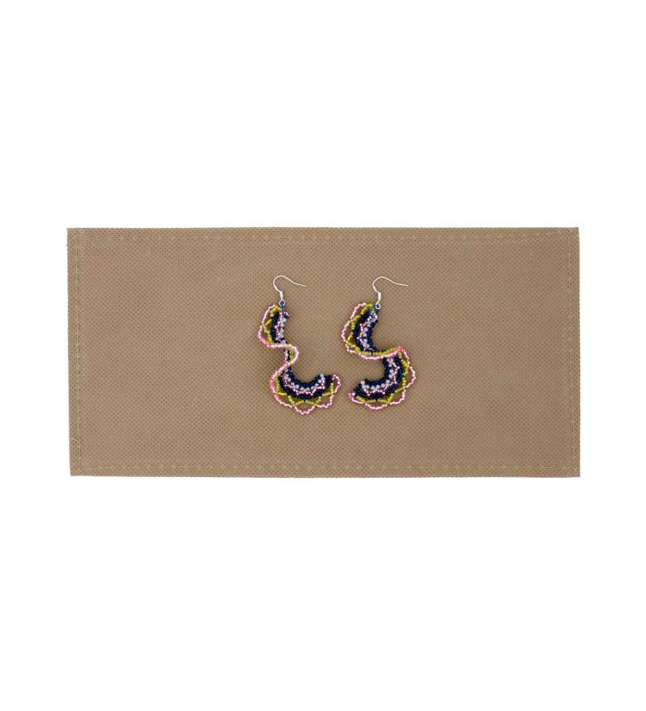 *BG Short Swirly Beaded Earrings