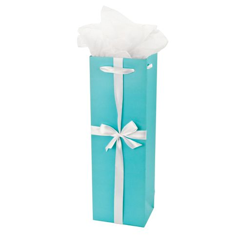gift bag w tissue TIFFANY BLUE