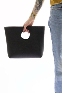 Neva Opet Lee Clutch in Black