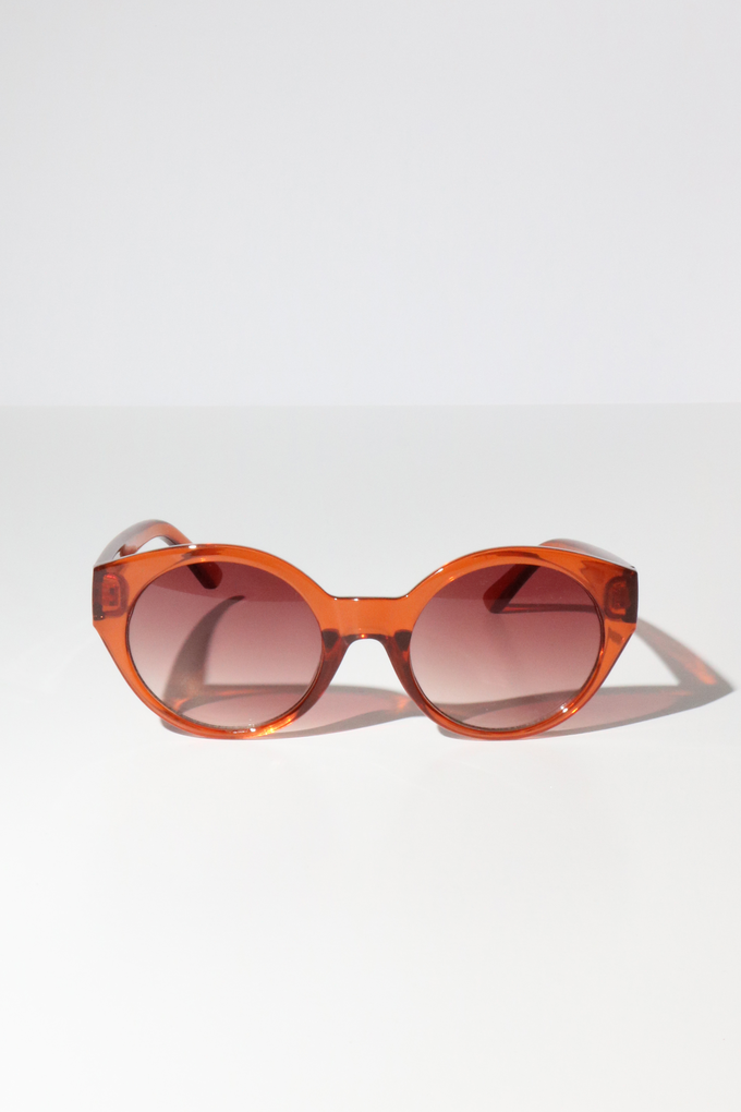 Reality Monteray Sunglasses in Tan