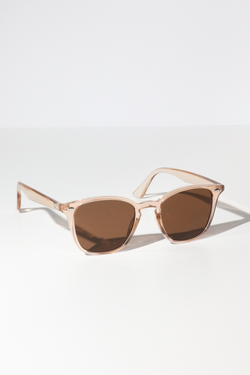 Reality Chelsea Sunglasses in Champagne