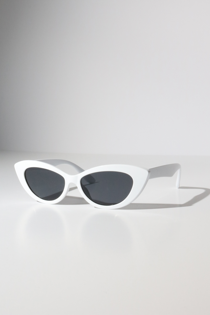 Reality Byrdland Sunglasses in White