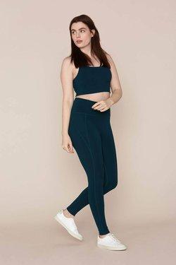 Girlfriend Collective High-Rise Compressive Legging in Globe