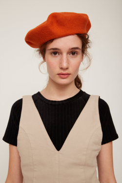 Rita Row Beret in Orange