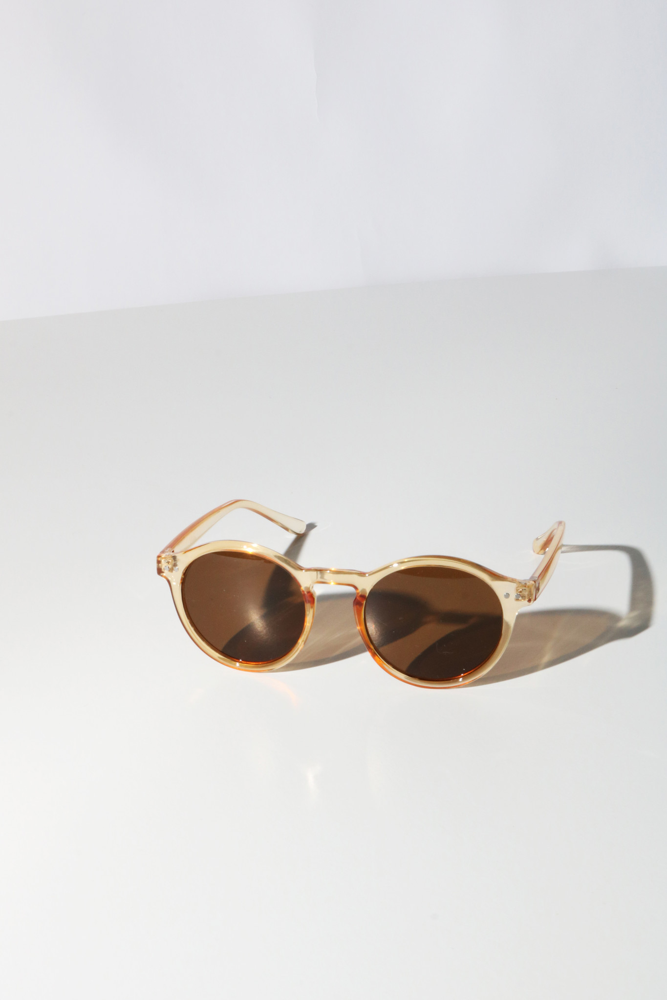 Reality Hudson Sunglasses in Champagne