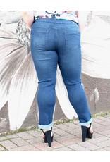 Sarah Ankle jean