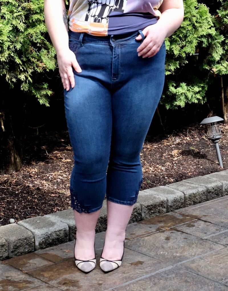 Lola Jeans Lindsey Capris
