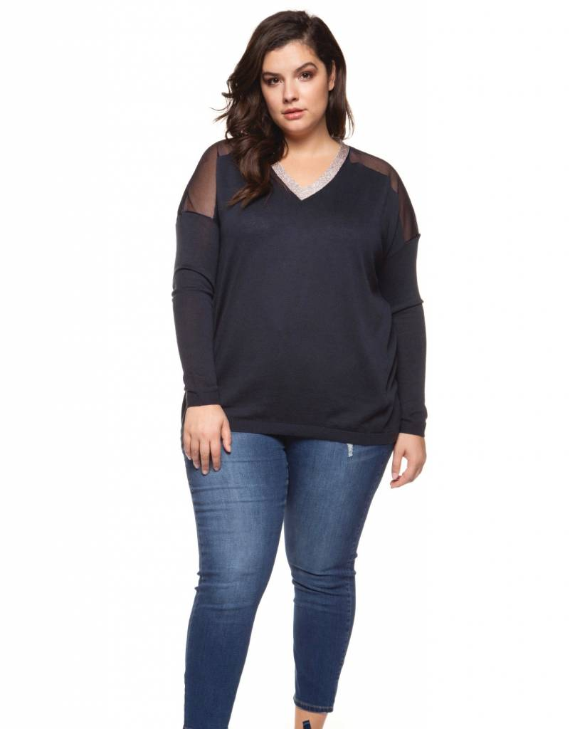 Dex V neck Sweater