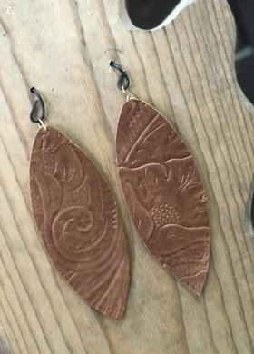 Stamping821 Brown Tooled Oval Earring