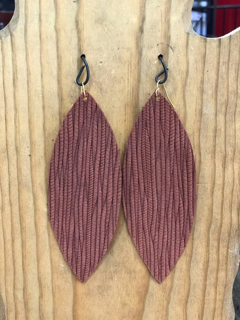 Diamond T Outfitters Rust Palm Oval Earring