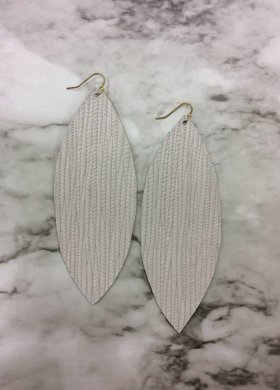 Stamping821 White Palm Oval Earring