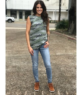 Diamond T Outfitters Shredded Camo Tank
