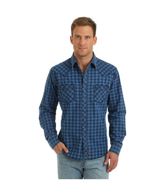 Diamond T Outfitters Wrangler Retro®  Navy Plaid Snap