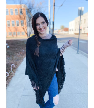 Diamond T Outfitters Lash Poncho