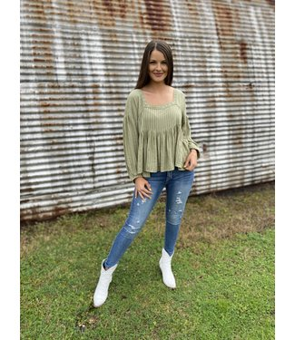 ee:some The Lila Top