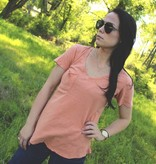 Diamond T Outfitters The Washed Cotton Pocket Tee in Coral Rose