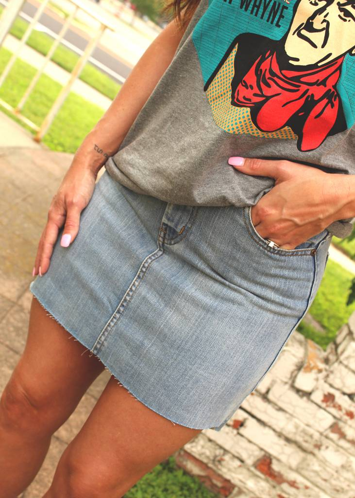 Diamond T Outfitters The Roland Denim Skirt