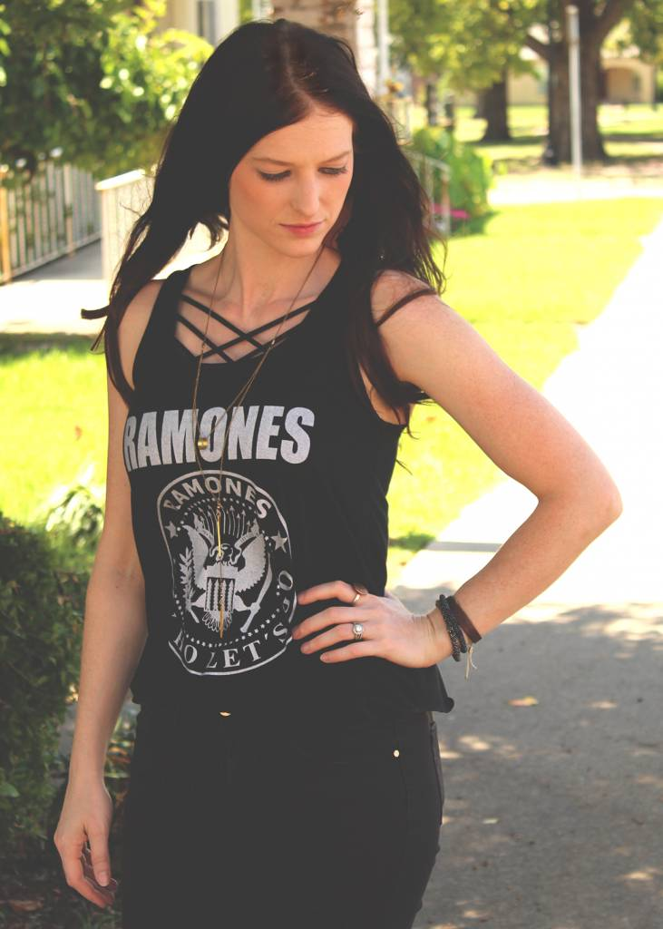 Diamond T Outfitters The Ramones Tank