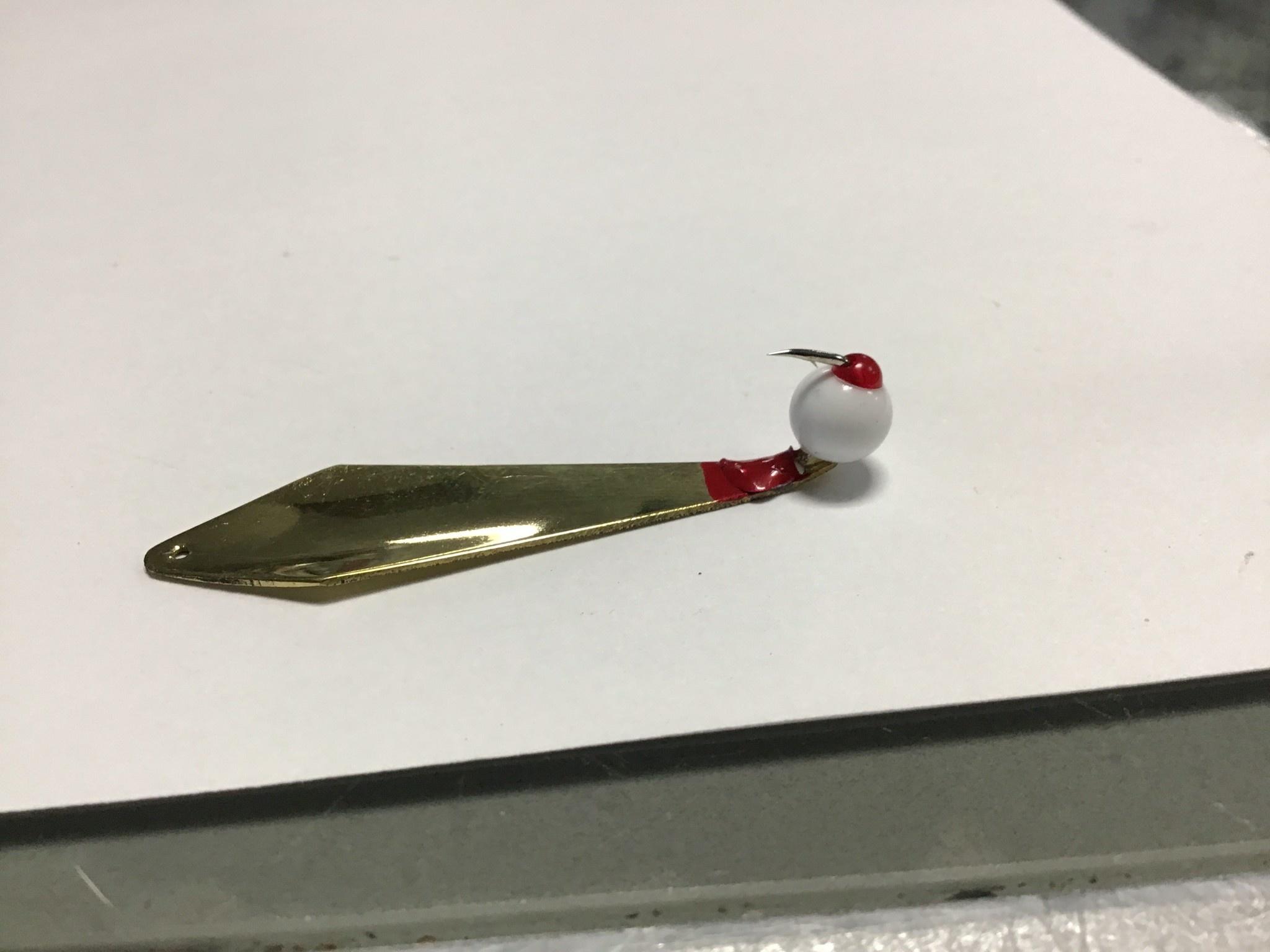 Guster 2-1/4 in. Diamond (G) White