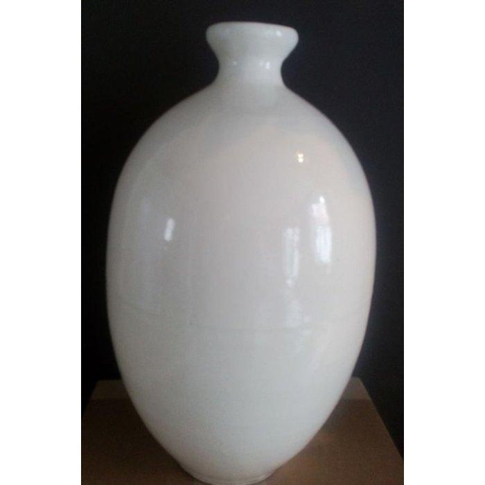 Ellen vase, white