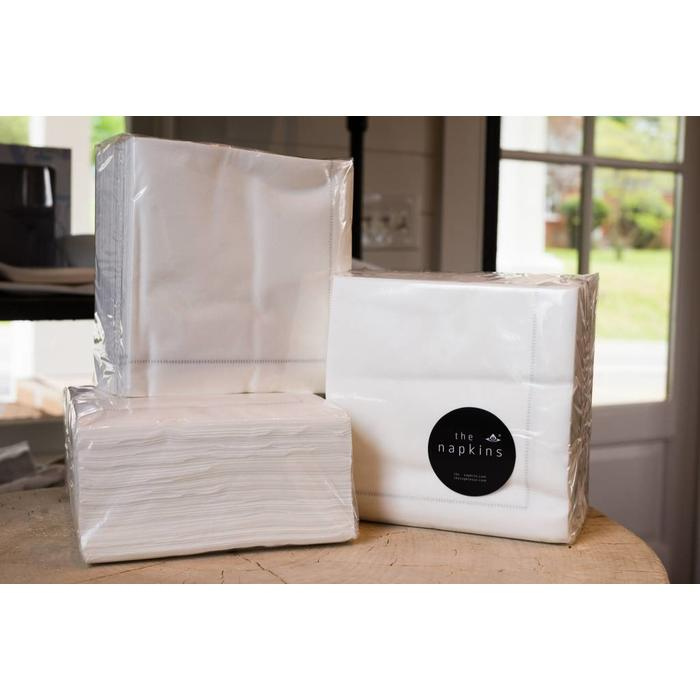 Paper Napkin Classic, Entertaining Pack of 50 WHITE