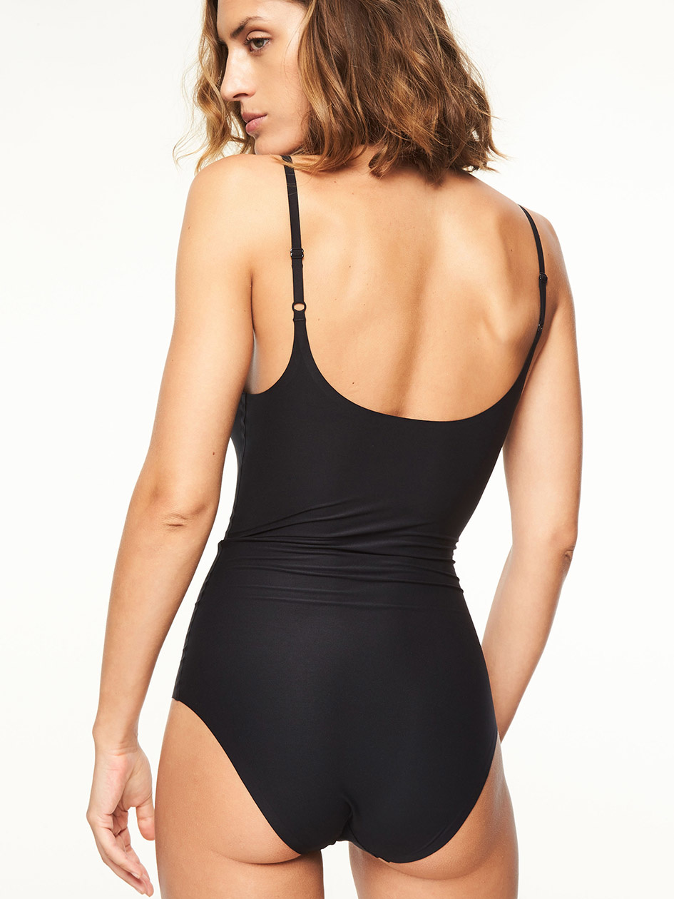 SoftStretch Smooth Bodysuit 2648
