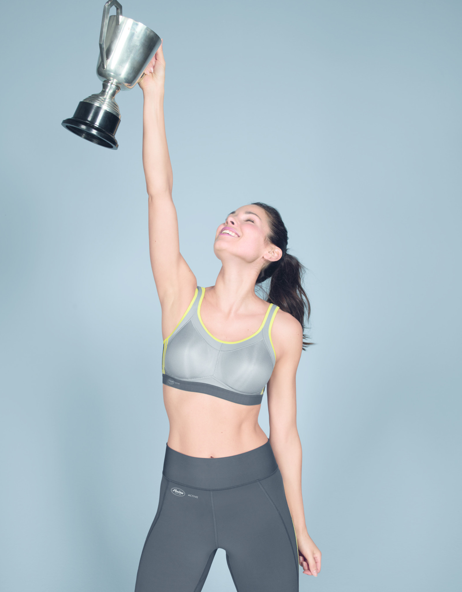 Anita Momentum Sports Bra 10 years of success in Iconic Grey