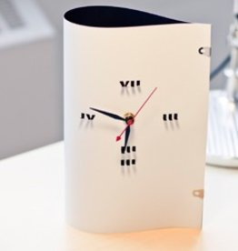 TOMA Clock