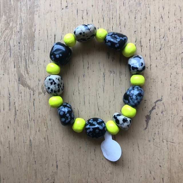 Beads and stones bracelet