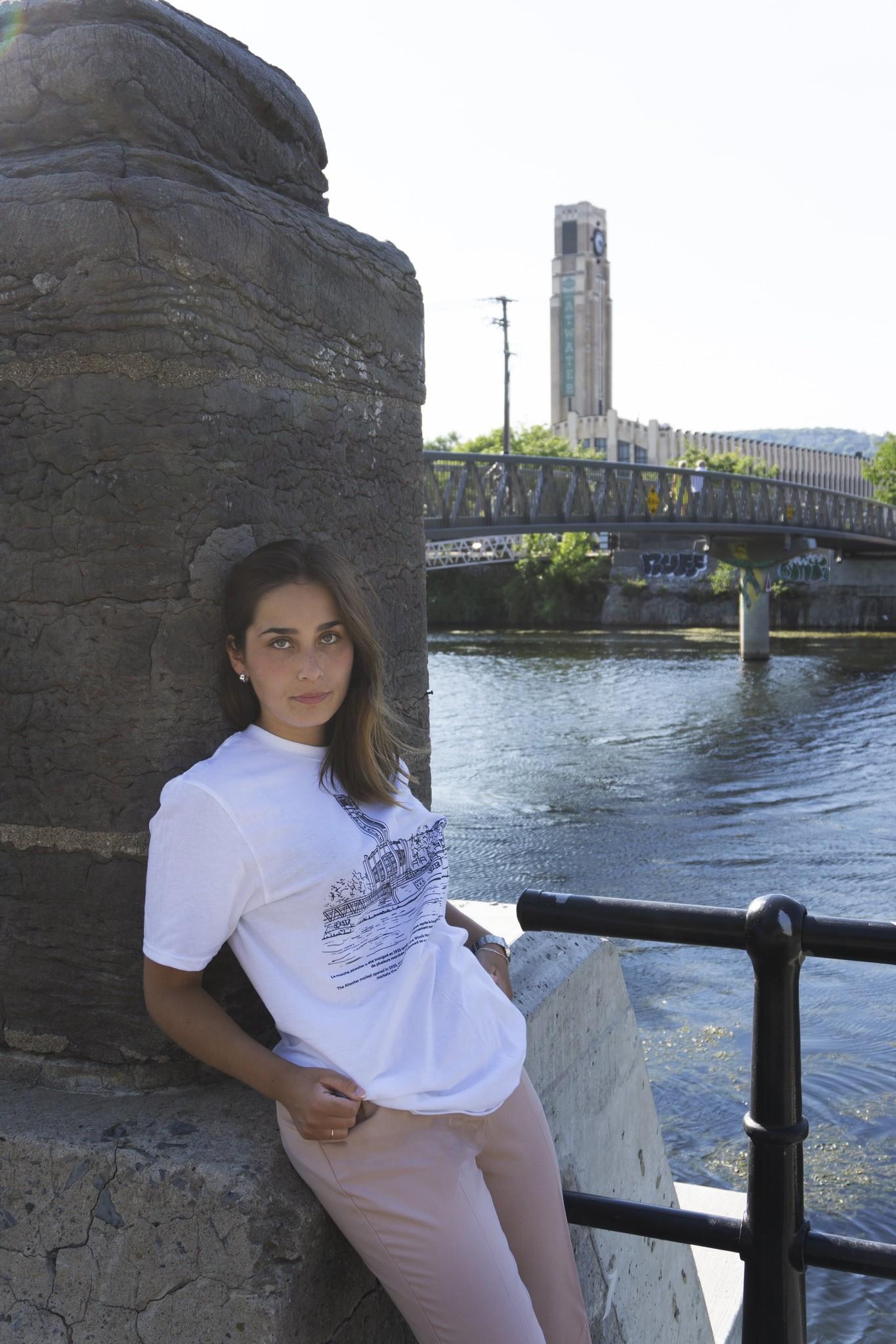 Arkiteektur  T-Shirt Atwater