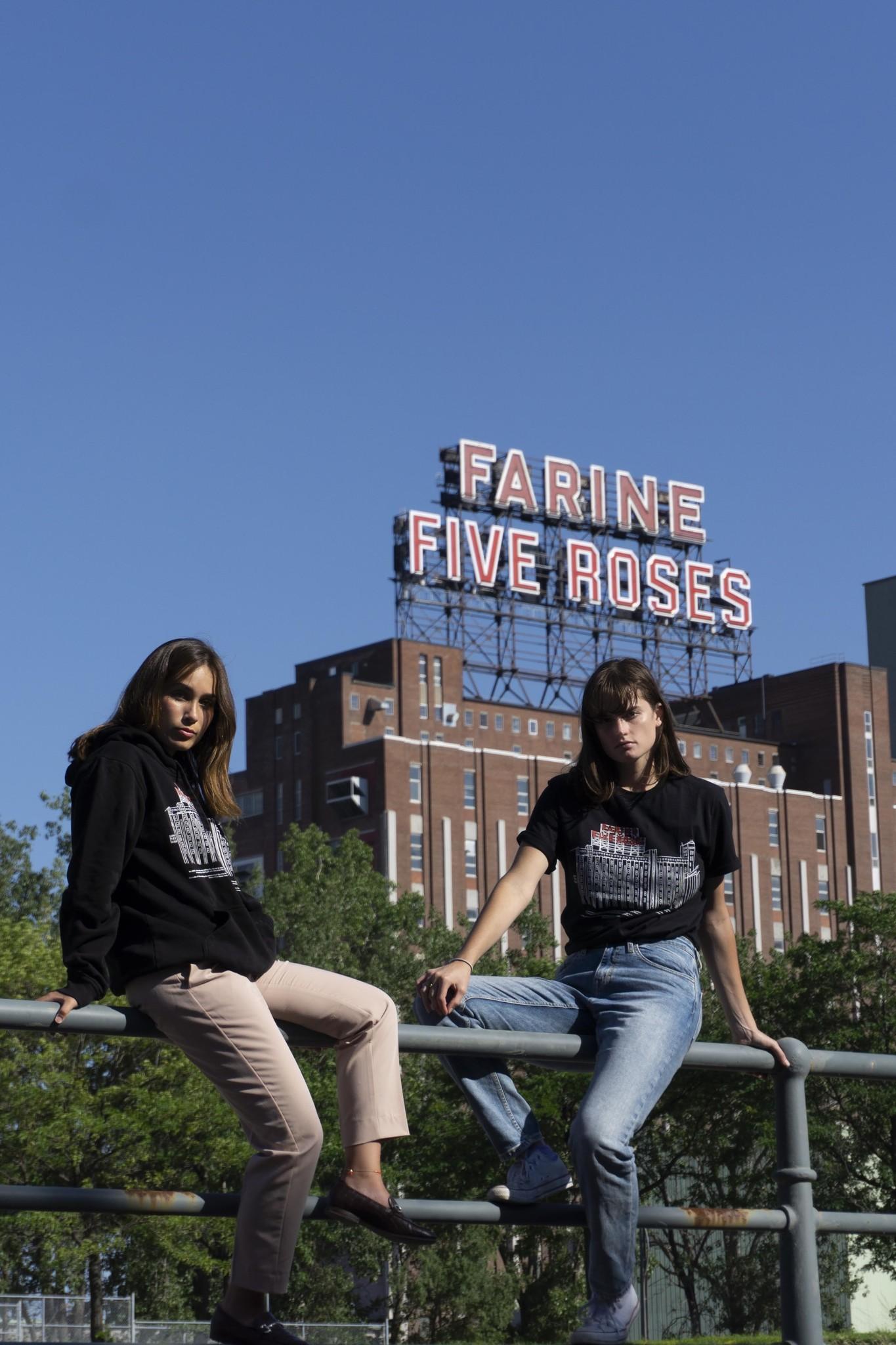 Arkiteektur Five Roses T-shirt