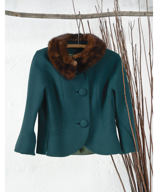 Cropped Green Blazer with Fur Collar