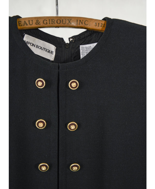 Robe noire double boutonnage gold