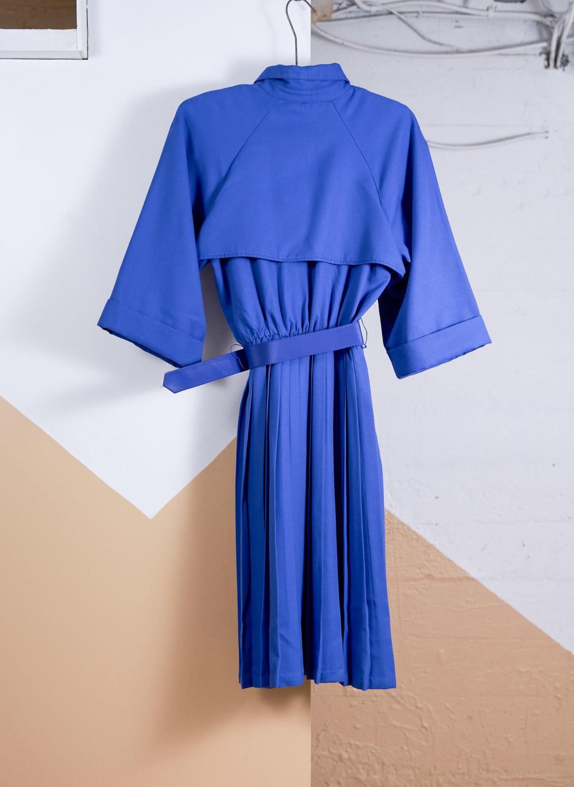 Robe trench bleu royal