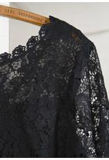 Robe noir dentelle et taffetas