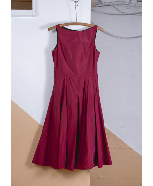 Burgundy A-Line Sleeveless Dress