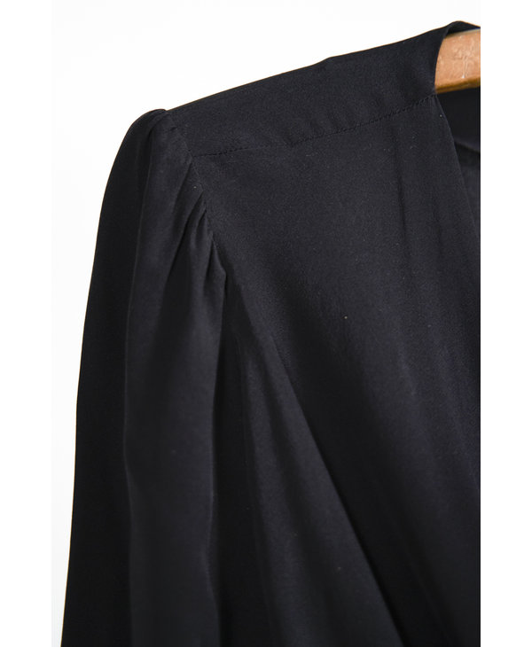 Jumpsuit court noir cache-coeur