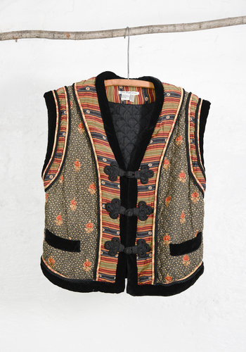 Quilted Silk Vest Rope Buttons